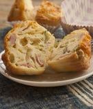 Смачные булочки сыра и бекона Стоковое Изображение RF