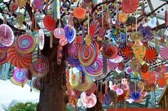 Смертная казнь через повешение конфеты модельная на модели дерева в мире Sentosa курортов Стоковые Фото