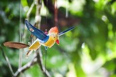Смертная казнь через повешение птицы деревянная Стоковая Фотография RF