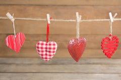 Смертная казнь через повешение украшения формы 4 сердец на строке Стоковые Фото