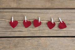 Смертная казнь через повешение украшения формы 4 сердец на строке Стоковое фото RF