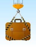 Смертная казнь через повешение чемодана на крюке крана Стоковое Изображение