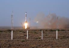 Смертоносный старт космического корабля прогресса Стоковое Фото