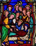 Смерть матери Mary - цветного стекла стоковые фотографии rf