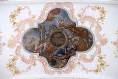 Смерть Св.а Франциск Св. Франциск, фреска на потолке церков иезуита Св.а Франциск Св. Франциск Xavier в Люцерне стоковые фото