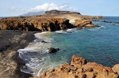 Смесь белизны и пляжа отработанной формовочной смеси стоковые фотографии rf