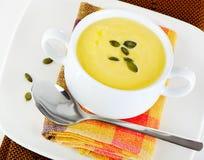 Сметанообразный суп тыквы стоковые фотографии rf