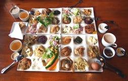 Смешанная азиатская еда стоковая фотография rf