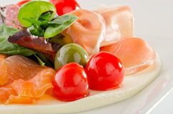 Смешанная закуска на кровати mozzarella Стоковые Изображения RF