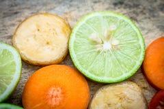 Смешанная морковь банана томата лимона плодоовощ Стоковые Фотографии RF