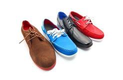 Смешанные ботинки человека цветов стоковые изображения rf