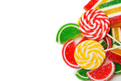 Смешанные красочные конфеты изолированные на белизне Стоковое Изображение