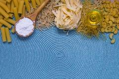 Смешанные макаронные изделия стоковая фотография