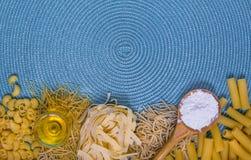 Смешанные макаронные изделия стоковое фото rf