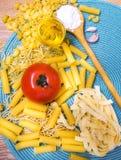 Смешанные макаронные изделия стоковое изображение rf
