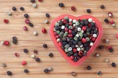 Смешанные перчинки в шаре сердца Стоковое Фото