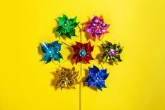 Смешанный изолированный Pinwheel цвета Стоковые Изображения