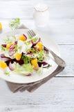 Смешанный салат на плите Стоковая Фотография RF