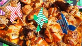 Смешивание бриошей очень вкусных закусок малых сделанных из печенья слойки стоковое изображение