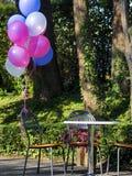 Смешивание красочных воздушных шаров стоковые изображения