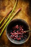Смешивание клубник и голубик замороженных ягод одичалых Стоковые Фотографии RF