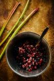 Смешивание клубник и голубик замороженных ягод одичалых Стоковое Изображение