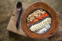 Смешивание плодоовощ в плите кокоса Стоковое Фото