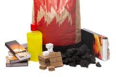 Смешивание элементов firestarter барбекю Стоковая Фотография RF