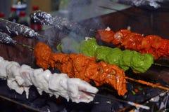 Смешивание Veg Tikka, Пуна, Индия Стоковая Фотография RF