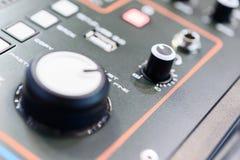 смешивать пульта тип нот s смесителя оборудования dj ядровый Стоковые Изображения RF