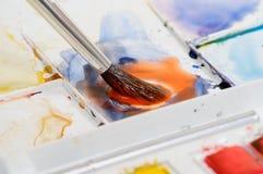 смешивая акварель краски Стоковое фото RF