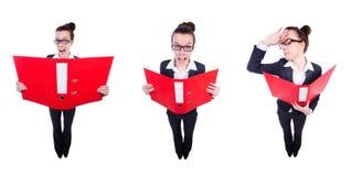 Смешная коммерсантка с красной папкой на белизне Стоковые Фотографии RF