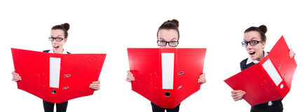 Смешная коммерсантка с красной папкой на белизне Стоковые Изображения RF