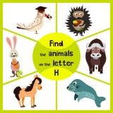 Смешная уча игра лабиринта, находит все из милых диких животных 3 письмо h, еж леса и зайцы, дом фермы лошади Образование Стоковые Изображения