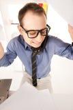 Смешное изображение бизнесмена в офисе Стоковое Изображение RF