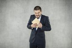 Смешной бизнесмен принимает взятку стоковые фотографии rf