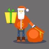 Смешной красный оранжевый Санта Клаус с сумкой и подарком представьте вас вектор Поздравительная открытка или плакат рождества Стоковое Изображение