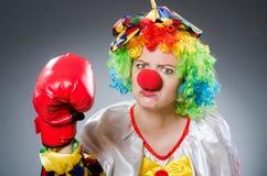 Смешной клоун с перчатками бокса Стоковое фото RF
