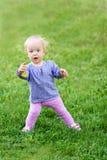 Смешной милый ребёнок с цветком Стоковые Изображения RF