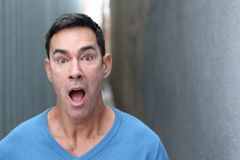 Смешной человек в неверии стоковое фото