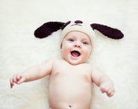 Смешной newborn мальчик Стоковая Фотография RF