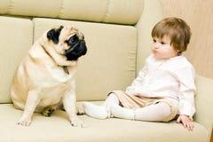 смешной pug девушки Стоковая Фотография RF