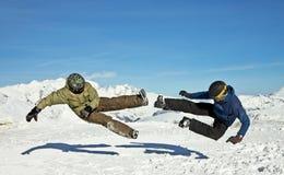 смешные ванты скача зима гор Стоковые Изображения RF