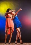 2 смешных женщины в платьях Стоковая Фотография