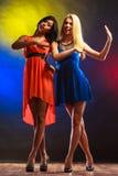 2 смешных женщины в платьях Стоковое Фото