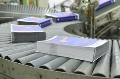 Смещенная производственная линия книги завода печати Стоковые Изображения