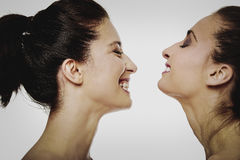 2 смеясь над женщины с составляют Стоковые Фотографии RF