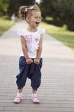 Смеяться над маленькой девочки Стоковое Изображение RF
