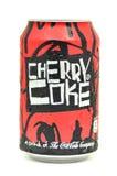 Смогите питья кокса вишни изолированного на белизне Стоковые Фотографии RF