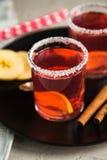 Смородина Morse красная с циннамоном и лимоном Стоковое Фото